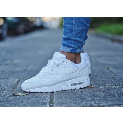 basket nike air max fille blanche