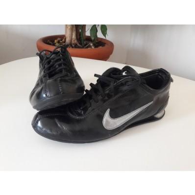 chaussure nike a ressort