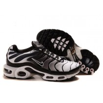 chaussure nike homme requin