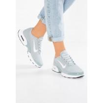 chaussures femme nike sportswear